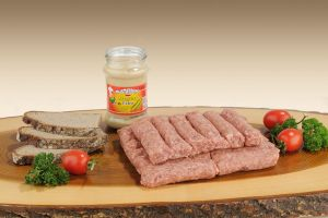 Mici (rumänische Cevapcici) aus Lammfleisch und Rindfleisch